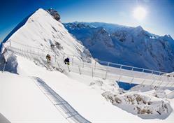 Visutý most na hoře Titlis, Engelberg a historický Luzern