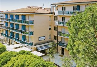Olimpia Aparthotel & Hotel