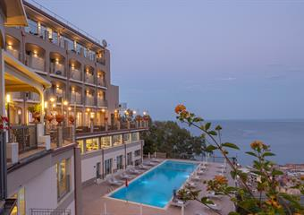 PARC HOTELS - ANTARES