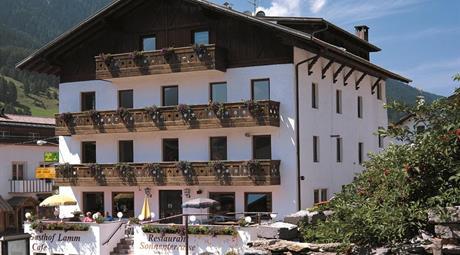 Hotel Lamm - Curon Venosta