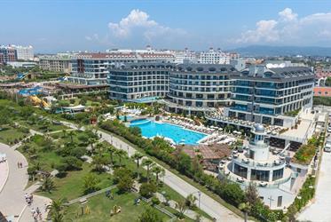 Hotel Commodore Elite