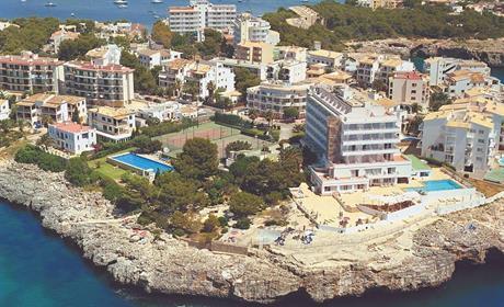 Hotel Cape Colom