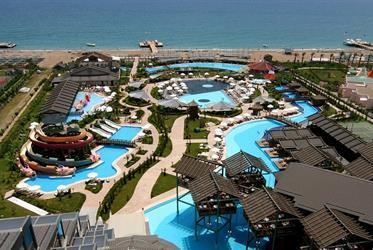 Hotel Limak Lara DeLuxe Resort