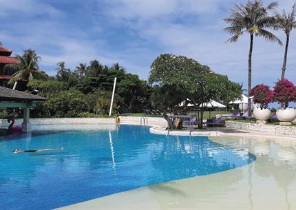 Hotel Holiday Inn Baruna