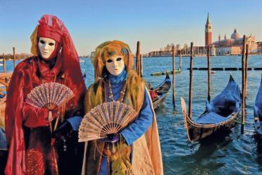Karneval v Benátkách - letecky