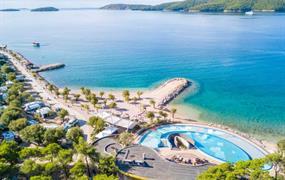 Happy Camp Solaris Camping Beach Resort