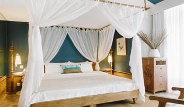 Hotel Paradise Cove Boutique Resort