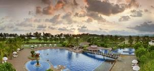 The Lalit Golf & Spa Resort *****