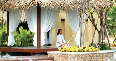 Centara Tropicana Beach Resort