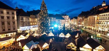 Graz a dvanáct vánočních trhů