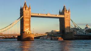 Paláce, zámky, hrady a zahrady Anglie + Londýn