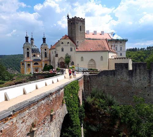 Zámky Moravy a Rakouska