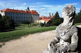 Jižní Morava - Slovácko - za vínem, zámky a tradicemi