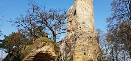 Zámek Mnichovo Hradiště, Příhrazské sály, Drábské světničky, hrad Valečov