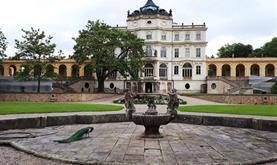 Zámek Ploskovice, výstup na Radobýl, Litoměřice