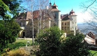 Zámek Jezeří, zřícenina hradu Hasištejn, Kadaň