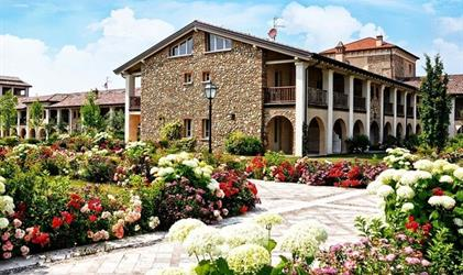 Chevro Golf Hotel