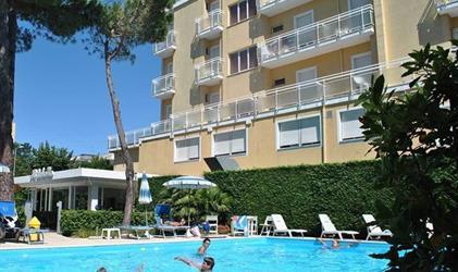 Hotel Bahama