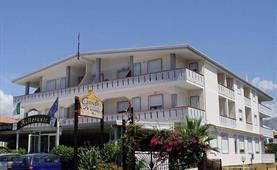 Hotel Ghandi