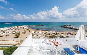 Knossos beach hotel