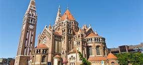 Maďarsko - Zemí koruny sv. Štěpána za bájným ptákem Turulem