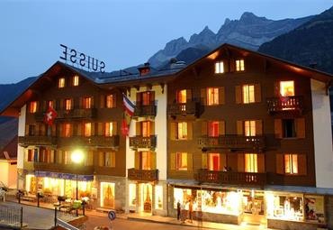 Švýcarsko, Francie - Pohodový týden v Alpách - Savojské Alpy - brána ke slunci s kartou