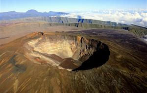 Réunion - vulkanický ostrov v tropickém ráji