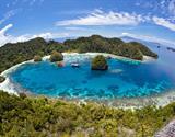 Indonésie - korálové ostrovy Raja Ampat a cesta do doby kamenné na Papuu