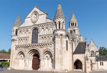 Francie - Bordeaux a Akvitánie, památky, víno a vlny Atlantiku