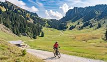 Taurnskou cyklostezkou od Krimmelských vodopádů až k termálům Bad Ischl