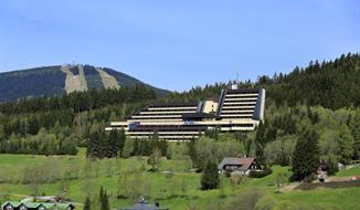 HOTEL HORAL