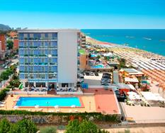 Hotel Majestic s bazénem ***