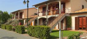 Villaggio Le Querce s bazénem
