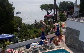 Hotel Cartaromana s bazénem