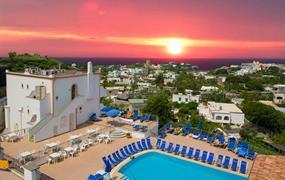 Hotel Tramonto d Oro s bazénem