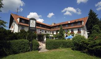 Hotel Zvíkov a bungalovy