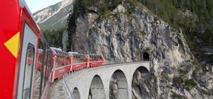 Nejkrásnější motivy Alp Arlberskou drahou a trasou Bernina a Glacier Expresu ***