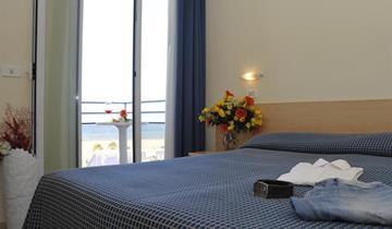 Hotel Fantasy - Rimini Marina Centro