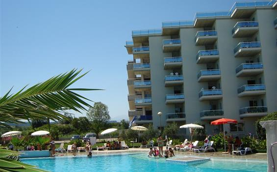Rezidence Elena Club Resort