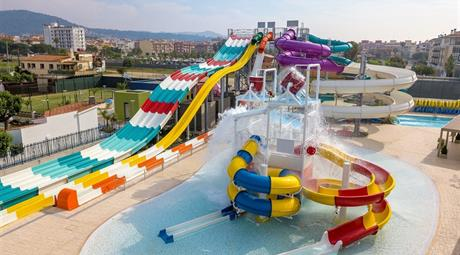 HOTEL GOLDEN TAURUS AQUAPARK RESORT