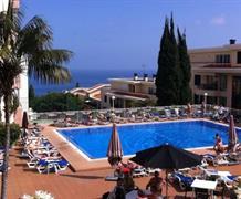 HOTEL ESTRELICIA, i s all inclusive