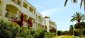 Aparthotel Es Talaial