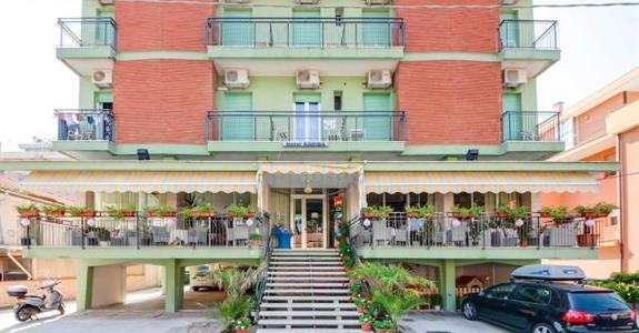 Hotel Kariba