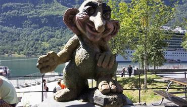 Norsko - zlatá cesta severu - let/bus