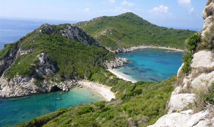 Korfu s turistikou