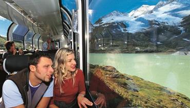 Švýcarsko letecky s panoramatickými vlaky Bernina Express a Ledovcový Express