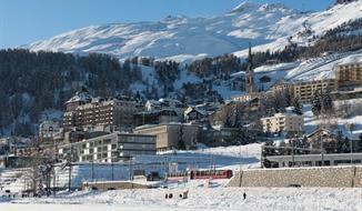 Lyžování v St. Moritz (busem)