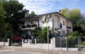 Lignano: Villa Erica (bus)