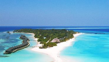 Kuredu Island Resort, Maledivy-Lhaviyani atol - Beach Villa