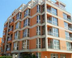Darius Apartments ***